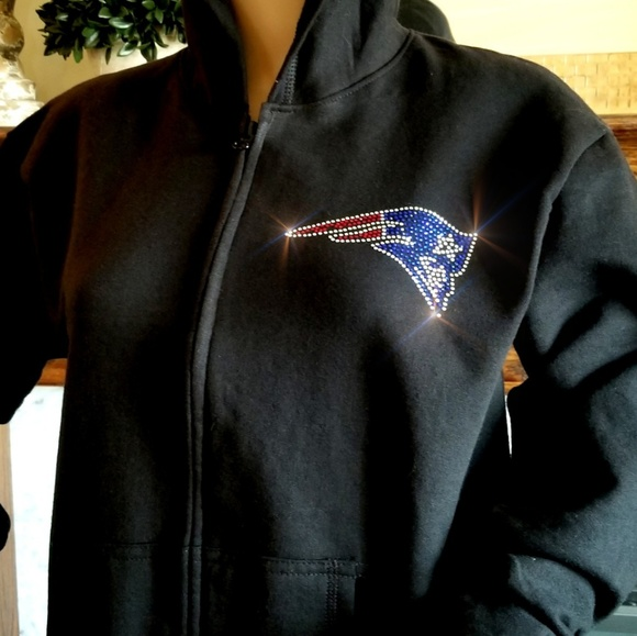 quality design 30cf1 eb971 New Women's New England Patriots M ZipUp Hoodie